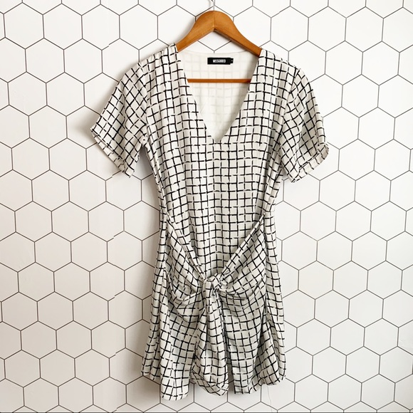 Missguided Dresses & Skirts - Missguided white windowpane tie front dress